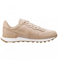 ДАМСКИ МАРАТОНКИ NIKE INTERNATIONALIST PRM BEIGE